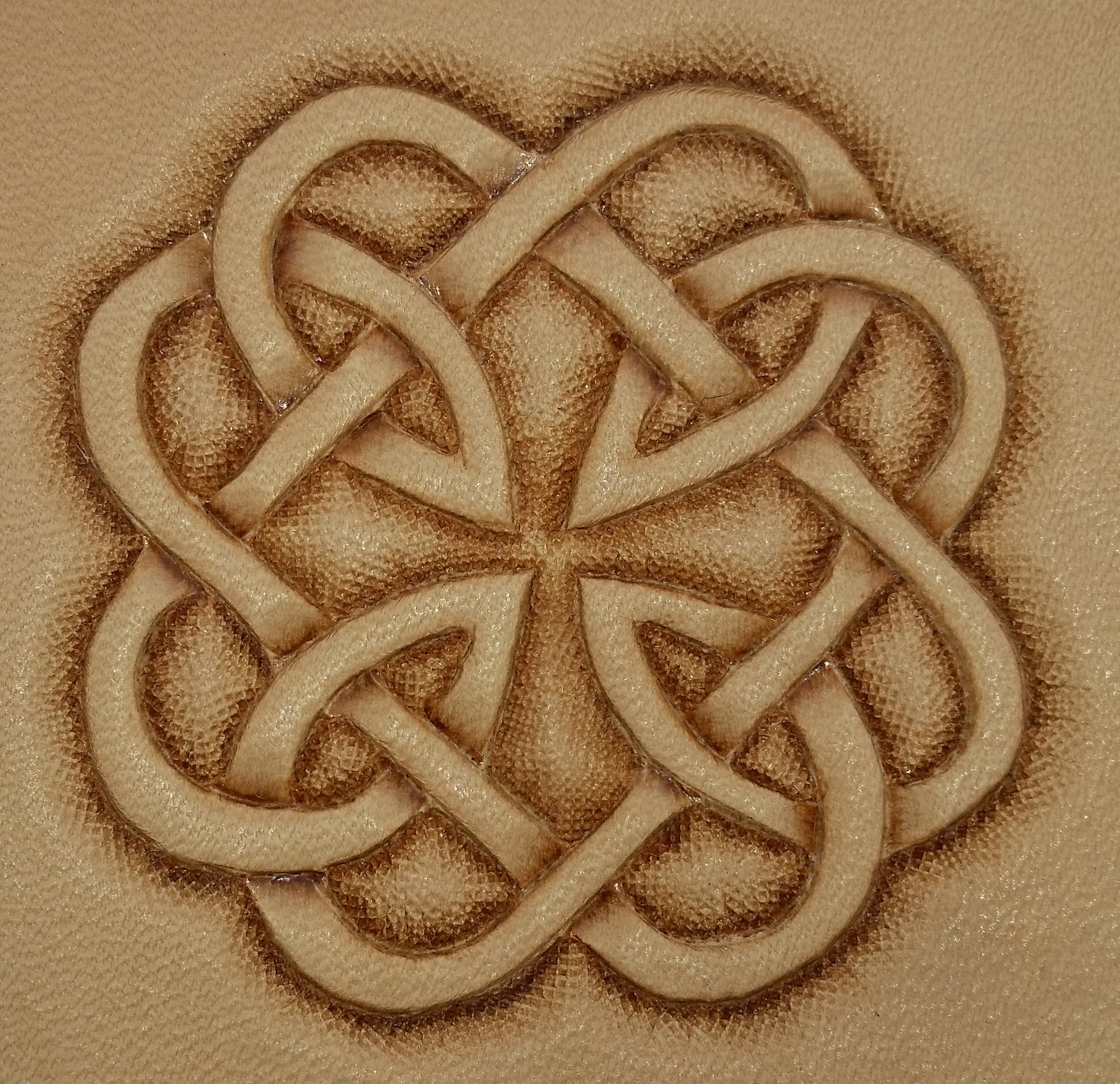 Kings ransom celtic knot carving biocorpaavc Gallery