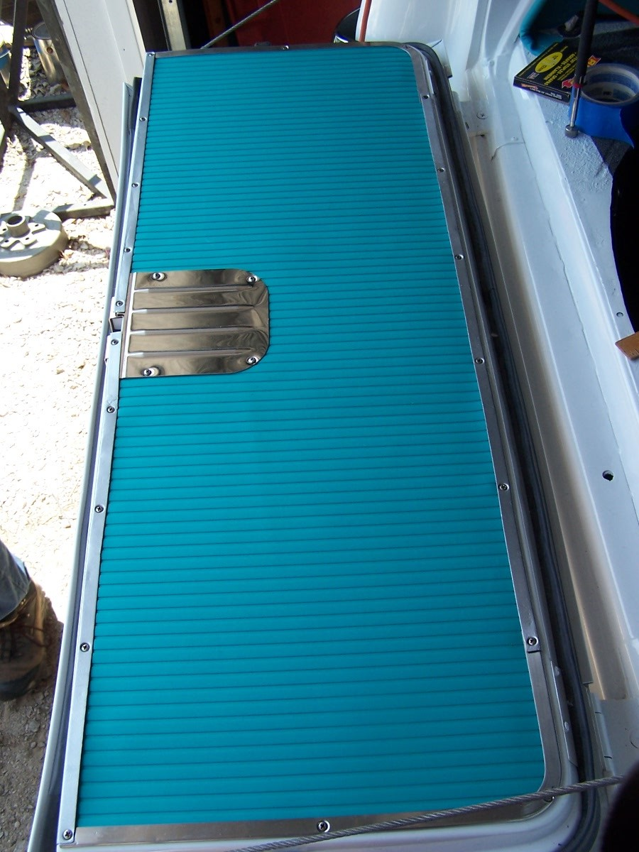 Wagon Wiring Harness And Front Fenders Vinyl The Was Installed On Tailgate Along With Painted Trim Stainless Cover Plate From Madmooks